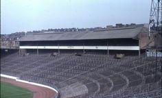 Hampden Park, Queens Park & Scotland in the Hampden Park, Paisley Scotland, Nostalgic Pictures, Image Foot, British Football, School Football, Football Stuff, Rangers Fc, Sports Stadium