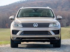 Although it might be sold alongside pedestrian Jettas, the Volkswagen Touareg looks and feels nearly like a full-on luxury SUV at a (slightly) cut-rate price. Find out why the 2017 Volkswagen Touareg is rated by The Car Connection experts. Volkswagen Tiguan, Volkswagen Models, Vw Passat, Touareg Vw, Convertible, Vw Fox, Suv 4x4, Brand Power, Cars