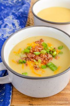 Syn Free Loaded Baked Potato Soup - gluten free, Slimming World and Weight Watchers friendly Healthy Cooking, Healthy Eating, Healthy Recipes, Spicy Recipes, Lunch Recipes, Free Recipes, Healthy Food, Slimming World Soup Recipes, Slimming Eats