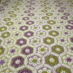 Crocheted afghan african flower motifs, large, white, lilac, fresh green colours, granny square, wool throw, wool blanket
