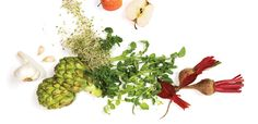 Summer Detox  10 fresh foods for a healthy cleanse  by Joanne Carr, RHN