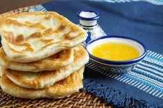 Moroccan Flat Bread, Flatbread Recipes, Naan Flatbread, Food Club, Tortilla, Middle Eastern Recipes, Secret Recipe, Artisan Bread, Dessert
