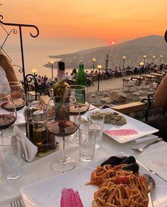 Summer Aesthetic, Travel Aesthetic, Aesthetic Food, European Summer, Italian Summer, Nature Landscape, Travel Goals, Dream Vacations, Dream Life