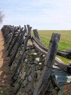 Notes from a Virginia Country House: Virginia Country from A to Z: F is for Fences