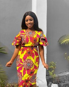 2019 Stunning and Lovely Ankara Short Gown Styles - Naija's Daily Ankara Short Gown Dresses, Ankara Short Gown Styles, Short Gowns, Ankara Dress, African Print Dresses, African Dresses For Women, African Print Fashion, African Attire, African Fashion Dresses