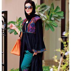 Colorful abbaya