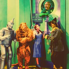"""""""Nobody gets in to see The Wizard!"""" Wizard of Oz Movies Showing, Movies And Tv Shows, Wizard Of Oz 1939, Land Of Oz, Yellow Brick Road, Wicked Witch, Emerald City, Over The Rainbow, The Wiz"""