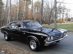 Chevrolet Chevelle SS w/454 engine. Dad had one!! His was all black. Loved that car!!
