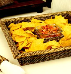 Outdoor Entertaining Calaisio Square Chip And Dip Tray Makes A Great Wedding Gift Perfect For