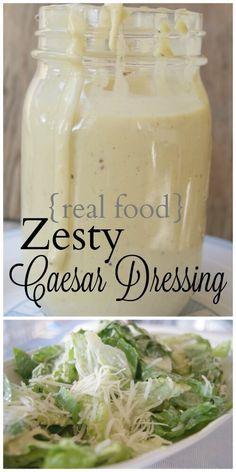 Real Food Zesty Caesar Salad Dressing - geen rommel meer in uw salade. Healthy Caesar Salad, Healthy Salads, Homemade Mayonnaise, Homemade Sauce, Real Food Recipes, Cooking Recipes, Healthy Recipes, Cooking Bacon, Easy Recipes