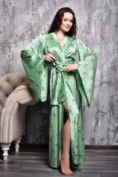 Lace Bridal Robe, Bridal Robes, Bridal Gown, Long Floral Kimono, Kimono Dressing Gown, Wedding Kimono, Green Maxi, Bridesmaid Robes, Mornings