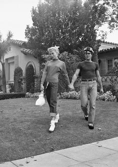 Tony Curtis and Janet Leigh at home, c. early 1950s.