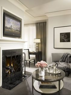 A living room in one of the suites at the Waldorf Astoria Chicago