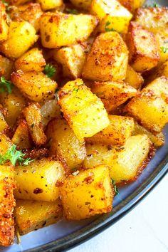 How To Make Breakfast, Breakfast For Dinner, Breakfast Meals, Healthy Breakfast Potatoes, Breakfast Potato Recipes, Easy Potato Recipes, Chicken Recipes, Fast Baked Potato, Quiche Recipes
