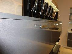 Gloss lacquer metallic kitchen door