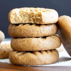 3 Ingredient Almond Butter Paleo No Bake Cookies (Fast, Healthy, Vegan) - Beaming Baker - Düşük karbonhidrat yemekleri - Las recetas más prácticas y fáciles Paleo No Bake Cookies, Healthy Cookies, Cookies Vegan, Healthy Foods, Baker Recipes, Oats Recipes, Cookie Recipes, Vegan Recipes, Snack Recipes