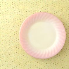 Fire King - Pink Swirl Dinner Plates - Anchor Hocking - Pink Ombre Glass - Vintage Glass Plate