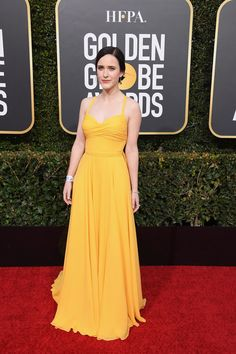 Rachel Brosnahan attends the Annual Golden Globe Awards at The Beverly Hilton Hotel on January 6 2019 in Beverly Hills California Rachel Brosnahan, Celebrity Style Casual, Celebrity Look, Celeb Style, Amy Adams, Golden Globe Award, Golden Globes, Yellow Fashion, Red Carpet Fashion