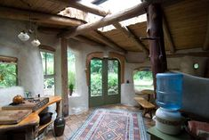 Cobworks, led by Patrick Hennebery and Tracy Calvert, offer workshops on how to build sustainable earth and cob houses by using unprocessed, natural and local materials such as sand, clay, straw and water. Take Pat's First Cob for example, isn't it wonderful? This beautiful tiny cabin is just 240 sq.ft. serving a studio. At first, …