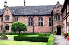 Baronial Hall Chetham's - Architecture of Manchester - Wikipedia, the free encyclopedia