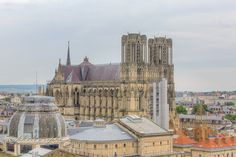 Santiago's view - © vincentzenon.com - Cathedral Notre-Dame of Reims. XIIIth century gothic, France.