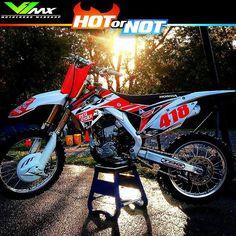 Hot or Not? Honda build by @stevenson_418 #hotornotmx #motocross #dirtbike #dirtbikes #mx #mxlife #mx4life #hondamx #crf450 #crf250 #cr250