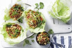 These super-easy crunchy chicken lettuce cups make a delicious addition to lunchboxes. Make these ahead and simply assemble come dinnertime. Chicken Lettuce Cups, Sticky Chicken, Hoisin Sauce, No Calorie Foods, Just Cooking, Recipe Today, Good Food, Veggies, Healthy Eating