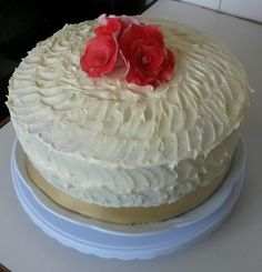 Red velvet cake with cream cheese frosting Cake With Cream Cheese, Cream Cheese Frosting, Velvet Cake, Red Velvet, Cake Creations, Desserts, Food, Tailgate Desserts, Deserts
