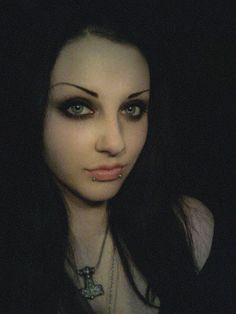 I want those brows :l