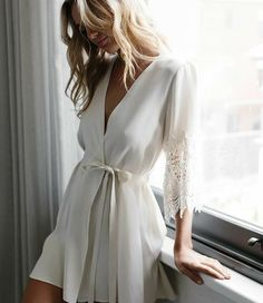 noni & Braut Morgenmantel, Bridal Robe von Mae& Sunday- No. 1 The post Braut Morgenmantel, Bridal Robe von Mae& Sunday & No. 1 appeared first on Home Decor Wholesalers. Bridal Boudoir, Bridal Robes, Wedding Lingerie, White Bridal Robe, Bridal Suite, Lingerie Sleepwear, Nightwear, Sexy Lingerie, Lingerie Shoot