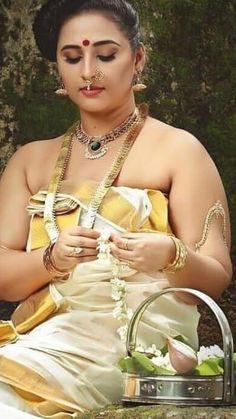 Cute Beauty, Beauty Full Girl, Beauty Women, Kerala Saree Blouse Designs, Indian Blouse, Indian Photoshoot, Saree Photoshoot, Indian Actress Hot Pics, Indian Actresses