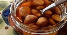 This Garlic Syrup Is 10 Times More Powerful Than Penicillin And Treats Many Disease Including Cancer - Healthy Food Choices Herbal Remedies, Health Remedies, Natural Remedies, Health Tips, Health And Wellness, Health Benefits, Natural Antibiotics, Honey Recipes, Juice Recipes