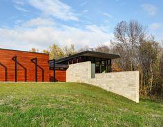 Strahlende Energie: Modernes Haus im modernen Design mit einem Gefühl von Licht und Energie