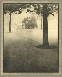 Hyde Park Corner. COBURN, ALVIN LANGDON, b.1882-1966. London, 1910, 17.6 x 22.2 cm. Photogravure