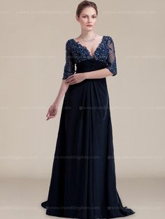 Luxurious mother of bride dress helps create a flattering figure. It is style perfect for any special event.