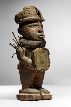 Lot n°114  Kongo Nkisi Figure African Art, Nativity, Lion Sculpture, Auction, Statue, Congo, Belgium, Collection, The Nativity