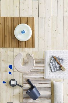 Light wood, white & blue