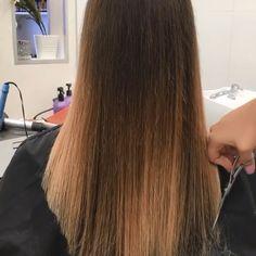 Love this Wavy Hair love Brunette Hair Color With Highlights, Balayage Hair Blonde, Hair Color Purple, Brown Blonde Hair, Hair Highlights, Chunky Highlights, Luxury Hair, Grunge Hair, Fall Hair