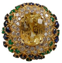 Van Cleef & Arpels Golden Sapphire Ring, 1970, France / http://jewelry.1stdibs.com/jewelry_item_detail.php?id=17859#