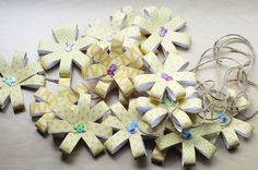 Spring Flower Garland and Hanging Decorations - Domestic Fits