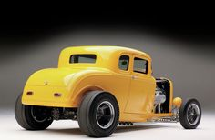 Scott talked about doing a 1932 Ford Five-Window Coupe with Squeeg's Kustoms owner Doug Jerger, wanting a real California vibe, so they got to work. Custom Muscle Cars, Custom Cars, Ford Motor Company, Rat Rods, Classic Trucks, Classic Cars, Classic Hot Rod, Kustom Kulture, Us Cars