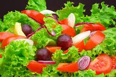 tipo de ensaladas para adelgazar - Buscar con Google Fruit Salad, Cobb Salad, Lower Cholesterol, Ethnic Recipes, Food, Salsas Light, Ideas, Sport, Lifestyle