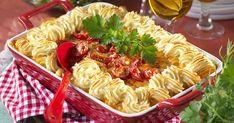 Färsgratäng med potatismos värmer gott och passar alla middagsgäster! Hettan av chili väljer du själv!