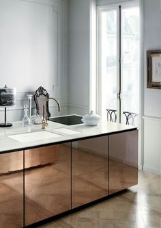 """thebowerbirds: Source: Dupont Corian via My Paradissi Oh Woe is me! the woe being - """"why do I not own this kitchen?"""" but also Whoa! how awesome is this? Totally on trend and drop dead gorgeous. Metallic cupboards, slick architectural lines. It's perfectly Home Design Decor, Küchen Design, House Design, Design Ideas, Design Projects, Design Layouts, Design Interiors, Floor Design, Design Trends"""