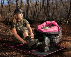 Great carrying bag for the outdoor ladies.