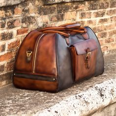 Leather Duffle Bag, Duffel Bag, Calf Leather, Leather Men, Style Marin, Custom Design Shoes, Latest Bags, Handbags For Men, Moda Casual