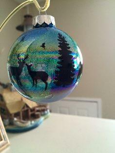 38 easy and fun christmas decor ideas for apartments clear ball ornaments 1 Vinyl Christmas Ornaments, Clear Ornaments, Glitter Ornaments, How To Make Ornaments, Diy Christmas Gifts, Christmas Fun, Christmas Bulbs, Christmas Decorations, Handmade Ornaments