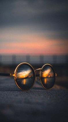 Ideas for creative photography of the day absolutely brilliant .- Absolutely brilliant creative photography ideas of the day photos) -, Perspective Photography, Reflection Photography, Cute Photography, Creative Photography, Landscape Photography, Nature Photography, Photography Pricing, Travel Photography, Camera Gear