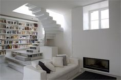 Abstraction active - White on white loft in Paris - Paris, France - 2011 - Smoothcore Architects