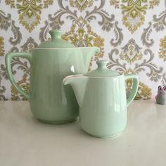 Ancienne Theiere Mint Vaisselle Vintage Prix indique pour une theière, choisir celle que vous souhaitez lors de votre commande Ces jolies théière e...